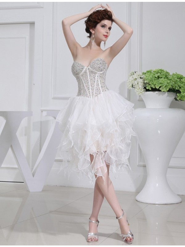 Elegant A-Line Sweetheart Cut Organza Short Dresses With Beading