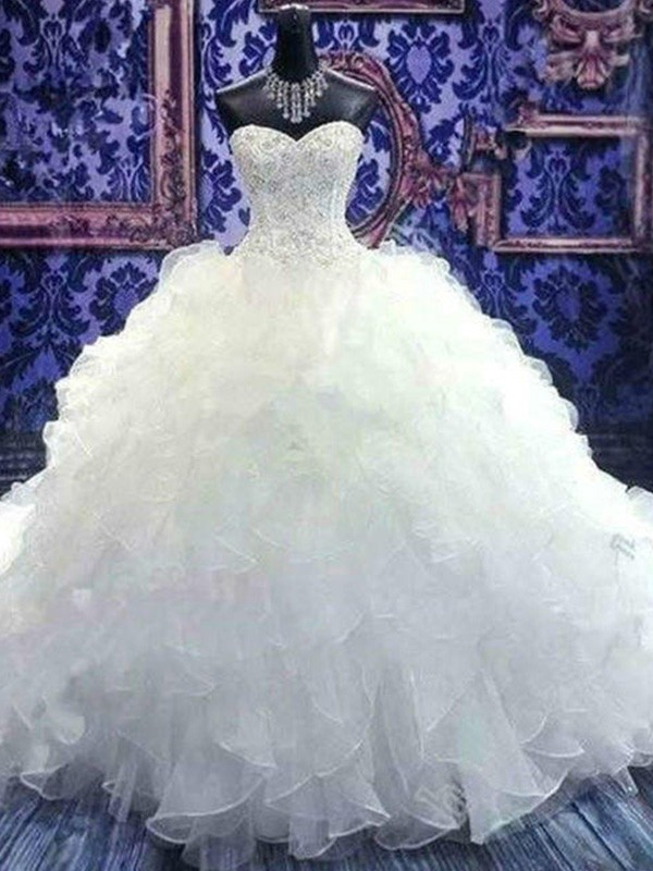 Stylish Ball Gown Sweetheart Cut Organza Long Wedding Dresses With Beading
