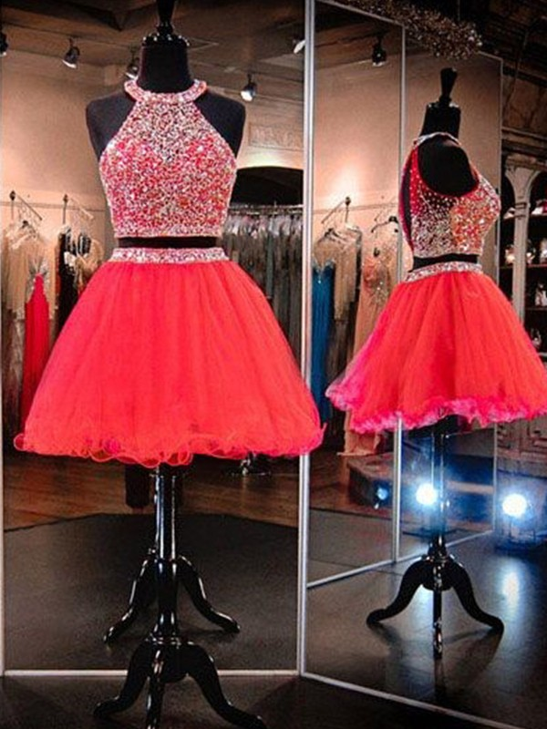 Unique A-Line Halter Cut Tulle With Beading Short Two Piece Dresses