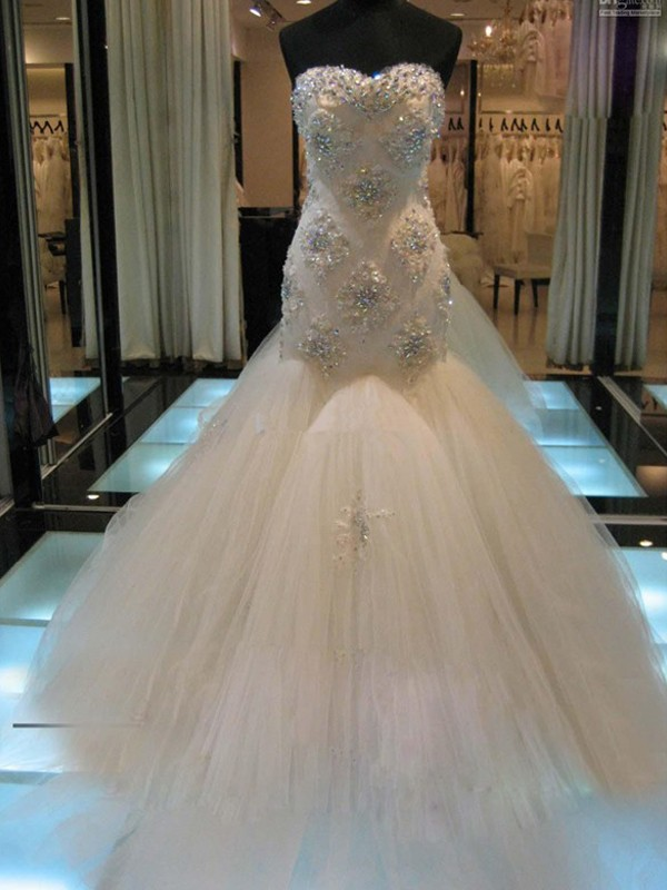 Bright Mermaid Sweetheart Cut Tulle Long Wedding Dresses With Beading