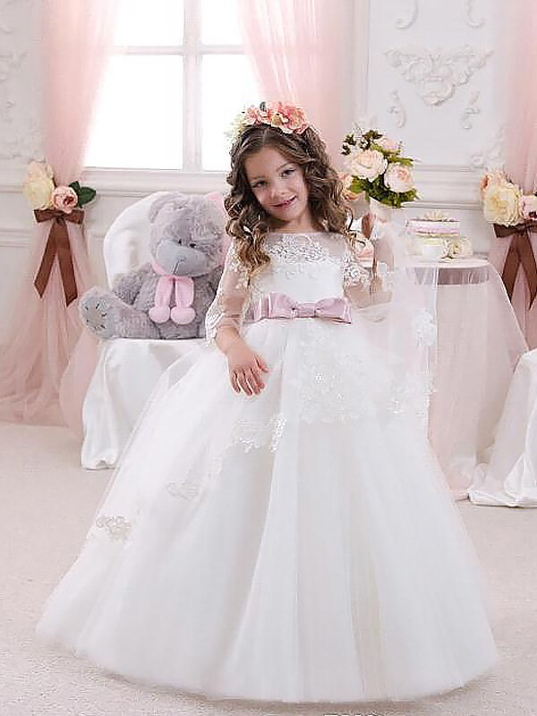 Stunning Ball Gown Jewel Cut Tulle Long Flower Girl Dresses With Lace