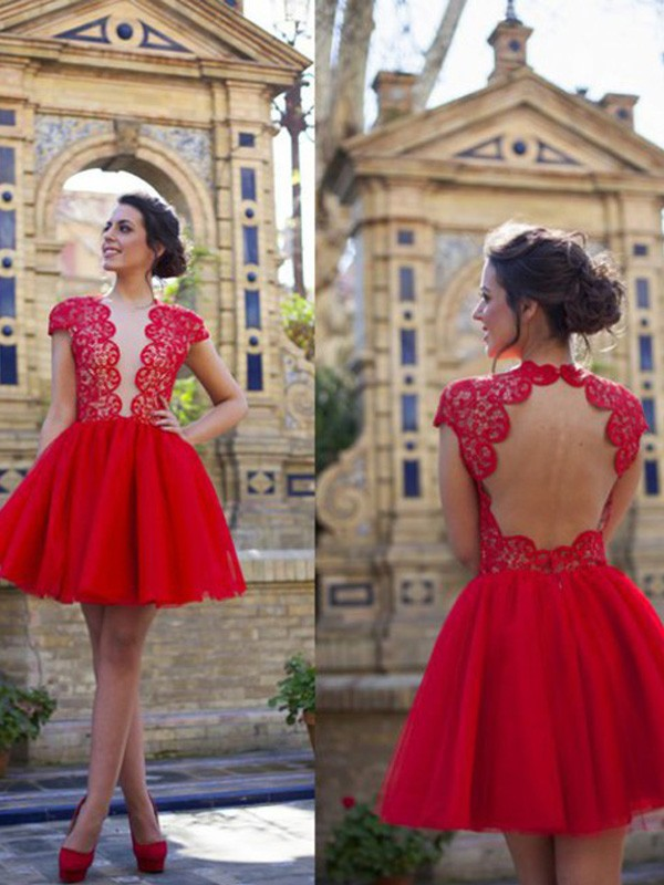 Brilliant A-Line Scoop Cut Tulle Short Dresses With Lace