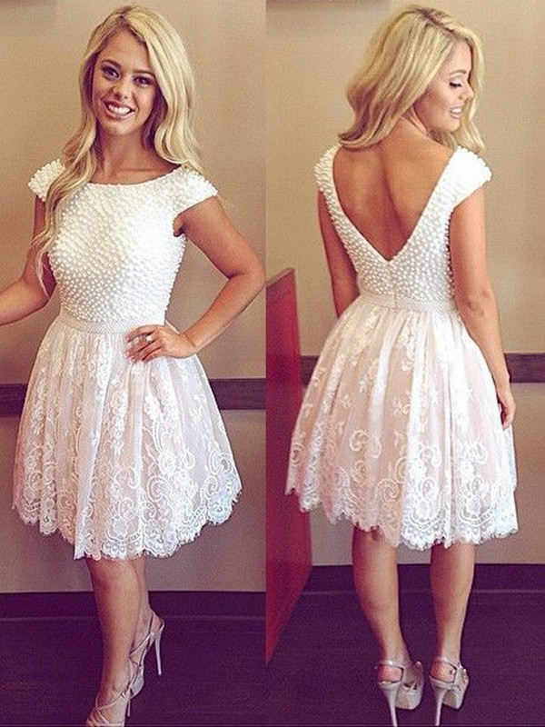Modern A-Line Scoop Cut Lace Short Dresses With Pearls
