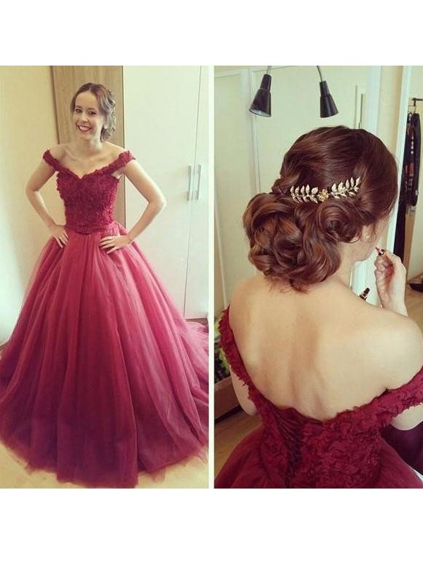 Pretty Ball Gown Off-the-Shoulder Cut Tulle Long Dresses With Applique