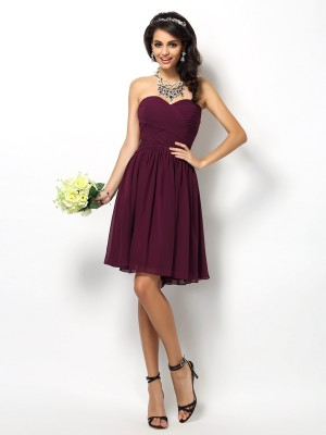Chic A-Line Sweetheart Cut Chiffon Short Bridesmaid Dresses With Pleats