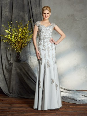 Lovely Sheath Sweetheart Cut Satin Long Mother of the Bride Dresses With Applique