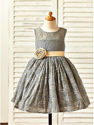 Brilliant A-Line Scoop Cut Lace Short Flower Girl Dresses With Hand-Made Flower
