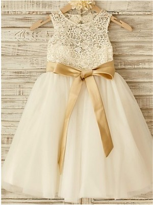 Special A-Line Scoop Cut Tulle Long Flower Girl Dresses With Bowknot