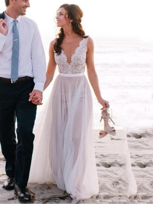 Stunning A-Line Scoop Cut Tulle Long Wedding Dresses With Lace