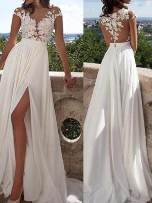 Lovely A-Line Scoop Cut Chiffon Long Dresses With Applique