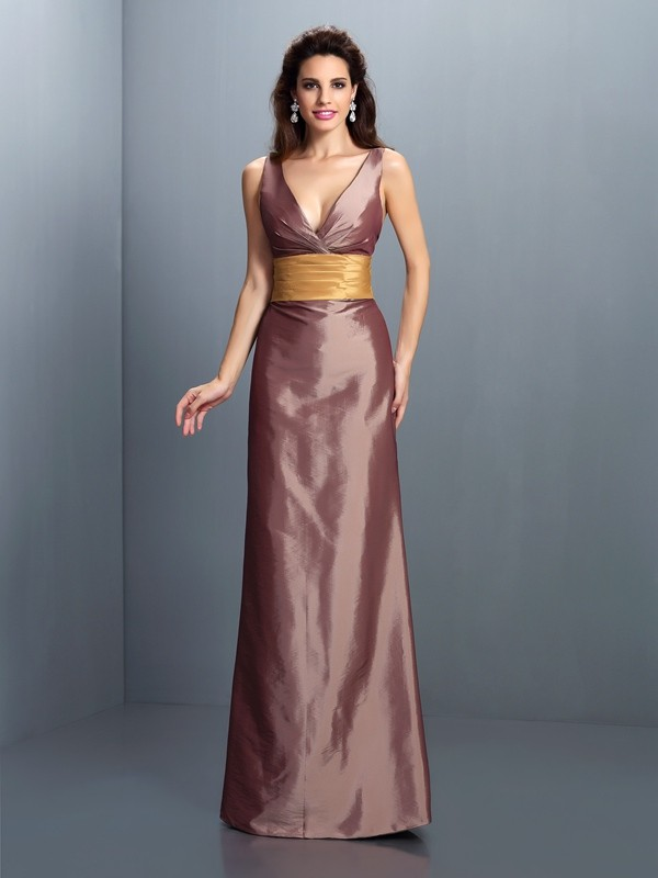 Hot Sheath V-neck Cut Taffeta Long Dresses With Pleats
