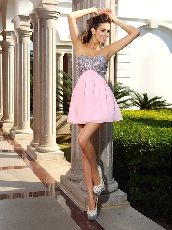 Awesome A-Line Sweetheart Cut Chiffon Short Dresses With Sequin