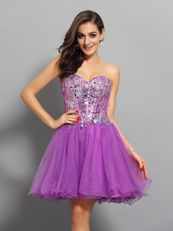 Dreamlike A-Line Sweetheart Cut Satin Short Dresses With Beading