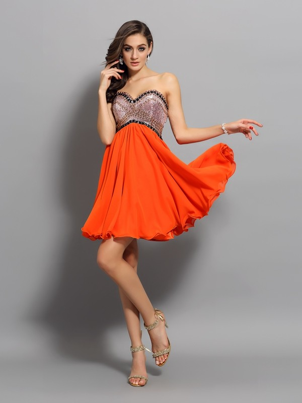 Elegant A-Line Sweetheart Cut Organza Short Dresses With Ruffles