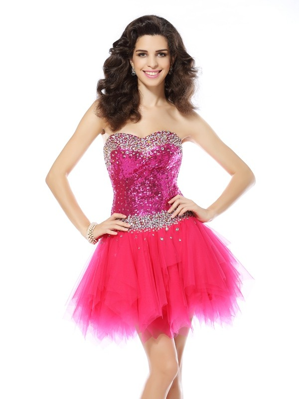 Exquisite A-Line Sweetheart Cut Net Short Dresses With Beading