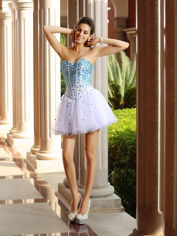 Fashional A-Line Sweetheart Cut Tulle Short Dresses With Ruffles