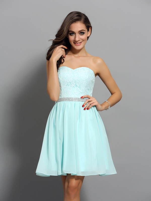 Pretty A-Line Sweetheart Cut Chiffon Short Dresses With Beading