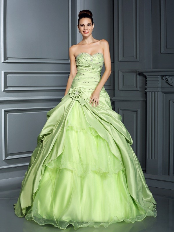 Soft Ball Gown Sweetheart Cut Taffeta Long Dresses With Hand-Made Flower