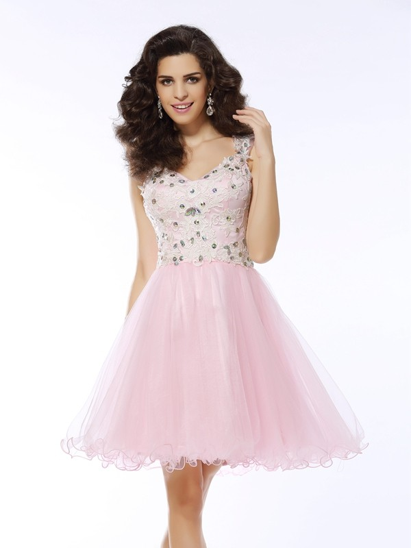 Sweet A-Line Sweetheart Cut Satin Short Dresses With Applique