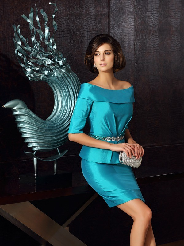 Dreamlike Sheath Off-the-Shoulder Cut Taffeta Short Mother of the Bride Dresses With Ruffles