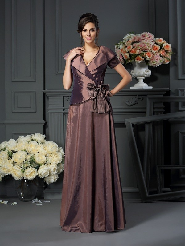 Brilliant A-Line V-neck Cut Taffeta Long Mother of the Bride Dresses With Bowknot