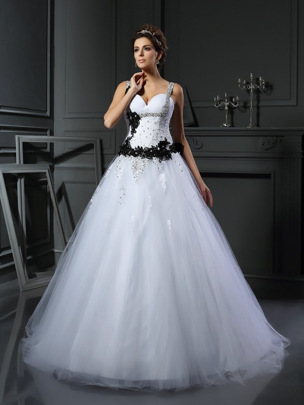 Modern Ball Gown Straps Cut Tulle Long Wedding Dresses With Beading