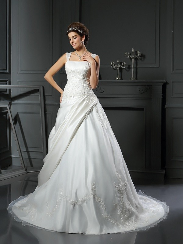 Soft Ball Gown Straps Cut Satin Long Wedding Dresses With Applique