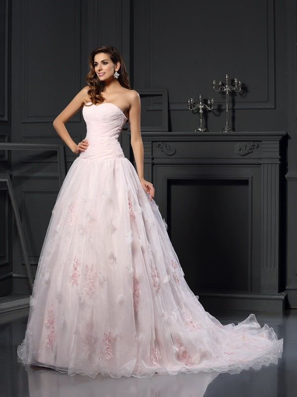 Chic Ball Gown Sweetheart Cut Satin Long Wedding Dresses With Ruffles