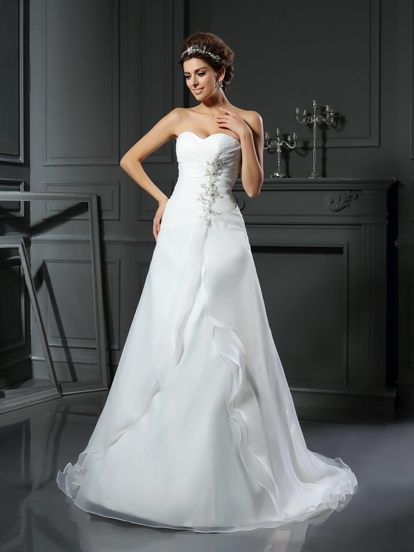 Hot A-Line Sweetheart Cut Satin Long Wedding Dresses With Ruched