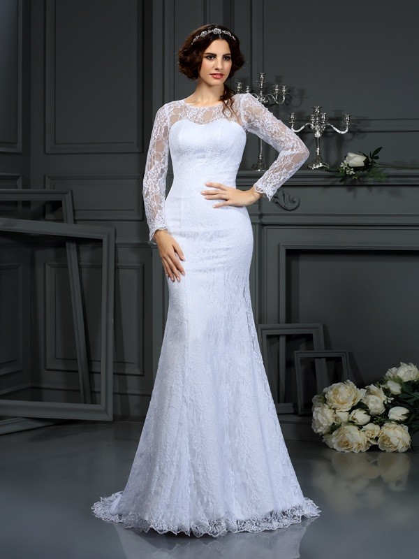 Gorgeous Sheath Scoop Cut Satin Long Wedding Dresses With Lace