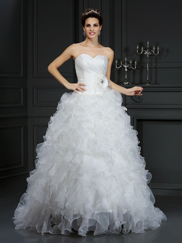 Elegant Ball Gown Sweetheart Cut Organza Long Wedding Dresses With Hand-Made Flower