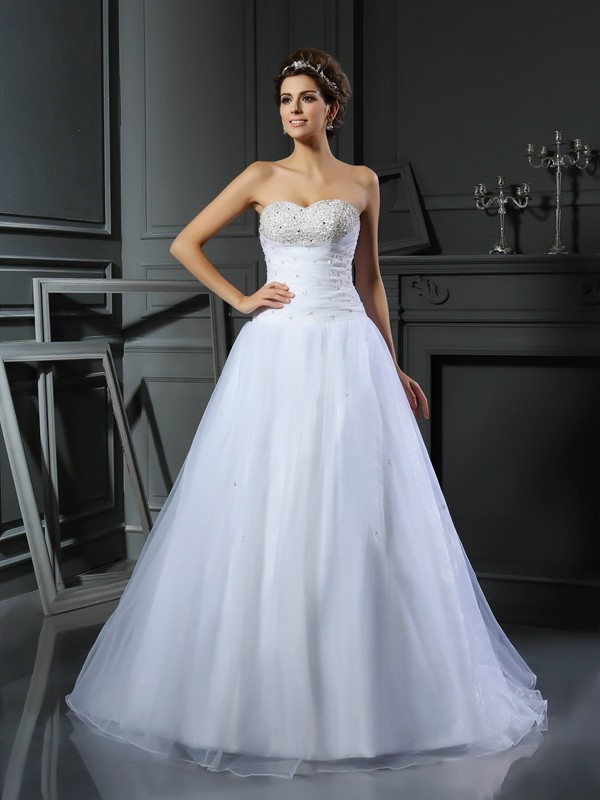 Nice Ball Gown Sweetheart Cut Satin Long Wedding Dresses With Beading