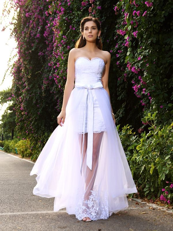 Charming Mermaid Sweetheart Cut Tulle Long Wedding Dresses With Applique