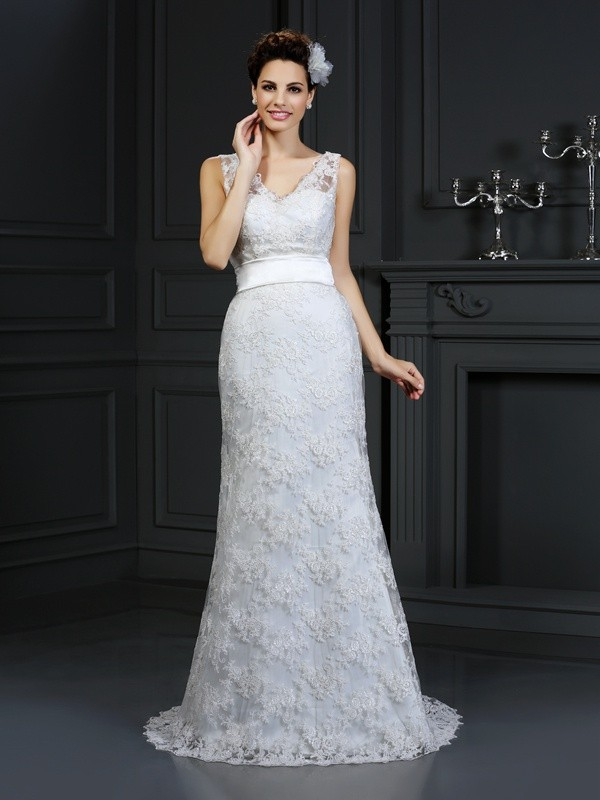 Graceful Mermaid Sweetheart Cut Lace Long Wedding Dresses With Applique