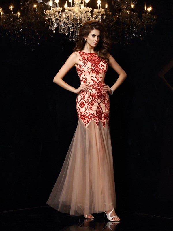 Dreamlike Sheath Scoop Cut Satin Long Dresses With Beading