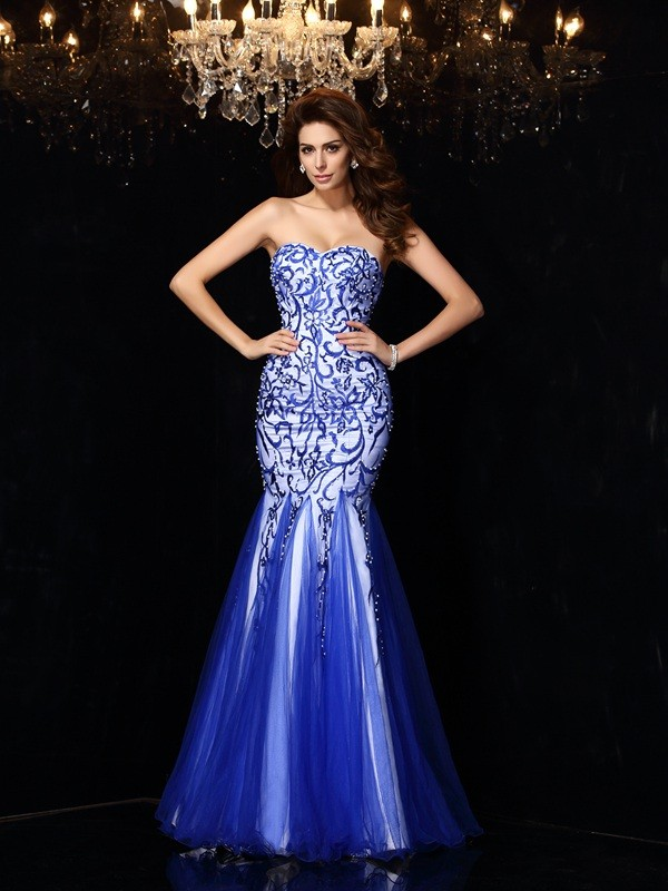 Exquisite Sheath Sweetheart Cut Net Long Dresses With Beading