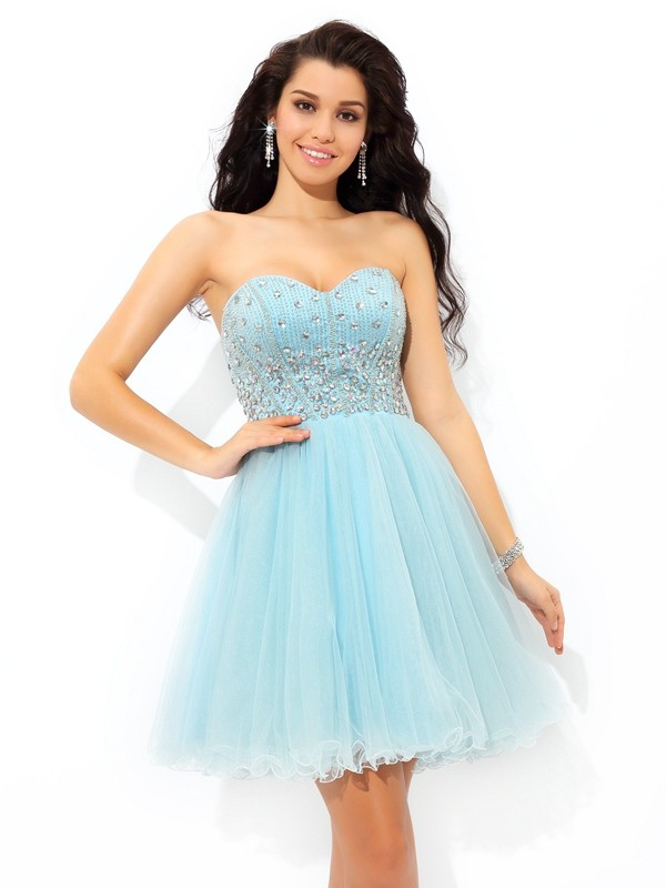 Nice A-Line Sweetheart Cut Satin Short Dresses With Beading