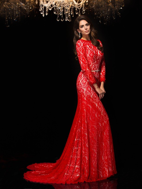 Glamorous Sheath Bateau Cut Lace Long Dresses With Lace