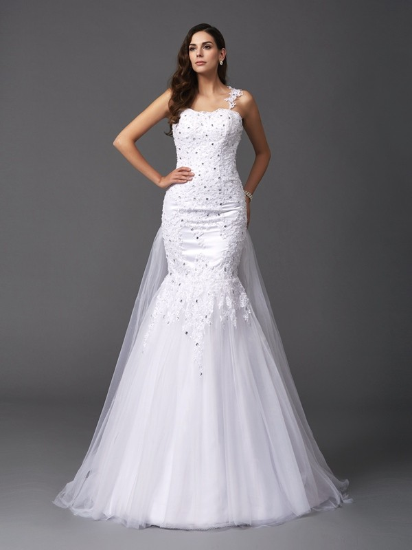 Awesome Mermaid Straps Cut Net Long Wedding Dresses With Beading
