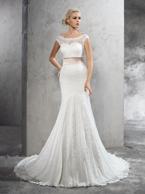 Dreamlike Sheath Sheer Neck Cut Lace Long Wedding Dresses With Sash/Ribbon/Belt