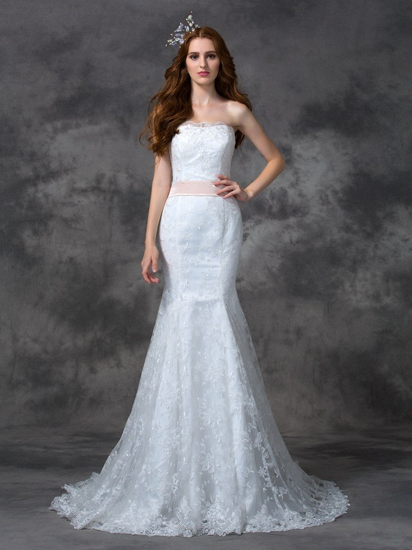 Stylish Mermaid Strapless Cut Lace Long Wedding Dresses With Sash/Ribbon/Belt