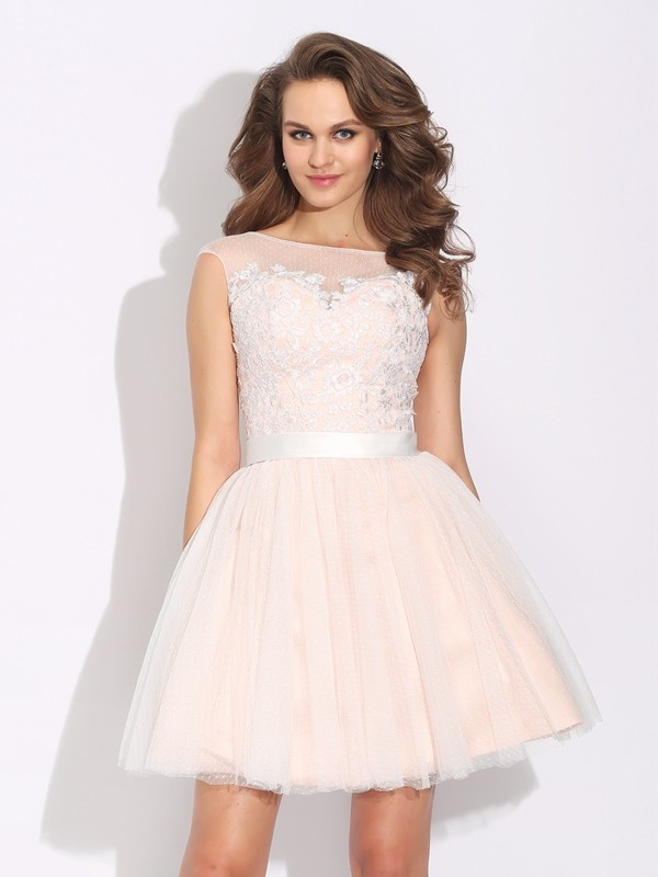 Gorgeous A-Line Bateau Cut Net Short Dresses With Ruffles