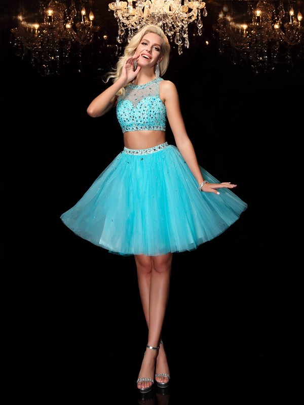 Stunning A-Line Scoop Cut Net Short Dresses With Rhinestone