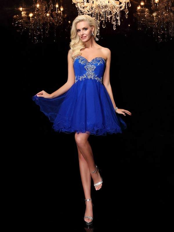 Fashional A-Line Sweetheart Cut Net Short Dresses With Beading