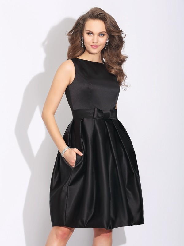 Lovely A-Line Bateau Cut Satin Short Dresses With Bowknot