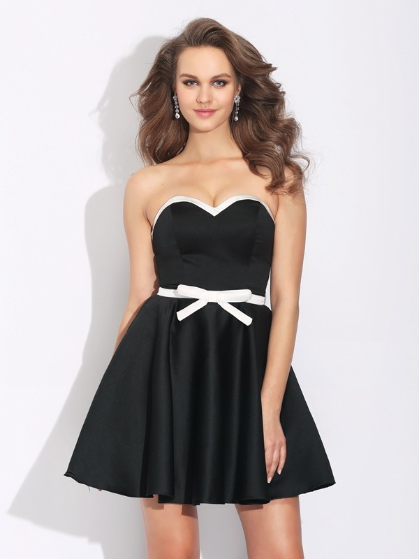 Pretty A-Line Sweetheart Cut Satin Short Dresses With Bowknot