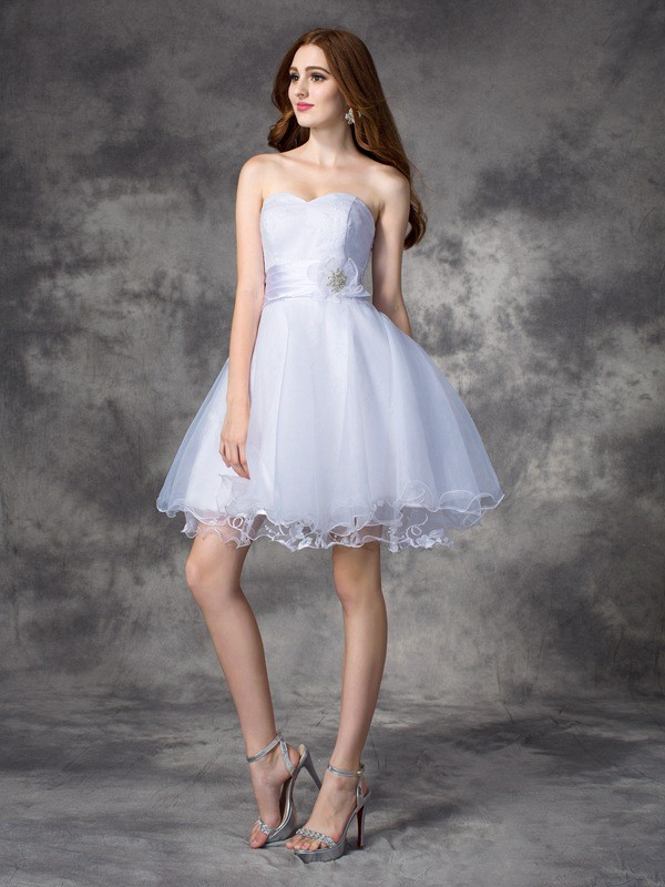 Stunning A-Line Sweetheart Cut Organza Short Dresses With Ruffles