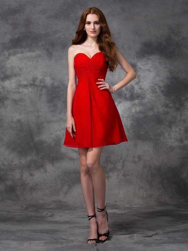 Pretty A-Line Sweetheart Cut Chiffon Short Dresses With Ruched