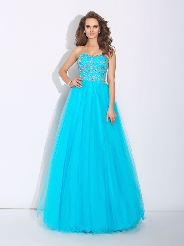 Stylish A-Line Sweetheart Cut Satin Long Dresses With Rhinestone