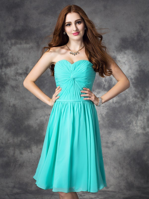 Brilliant A-Line Sweetheart Cut Chiffon Short Dresses With Ruffles